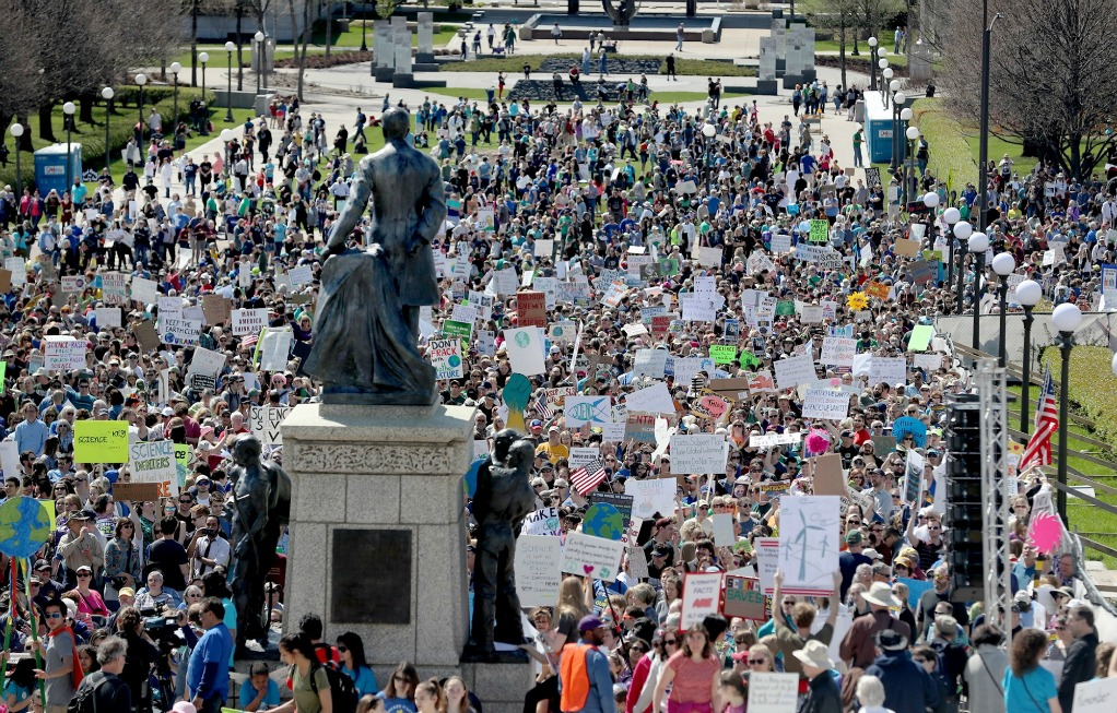 Minnesota+Science+March+at+the+State+Capitol